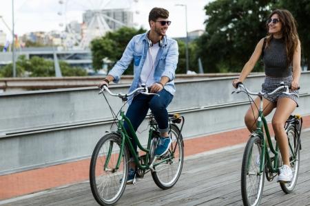 Top 10 orase din lume pe care le poti strabate cu bicicleta